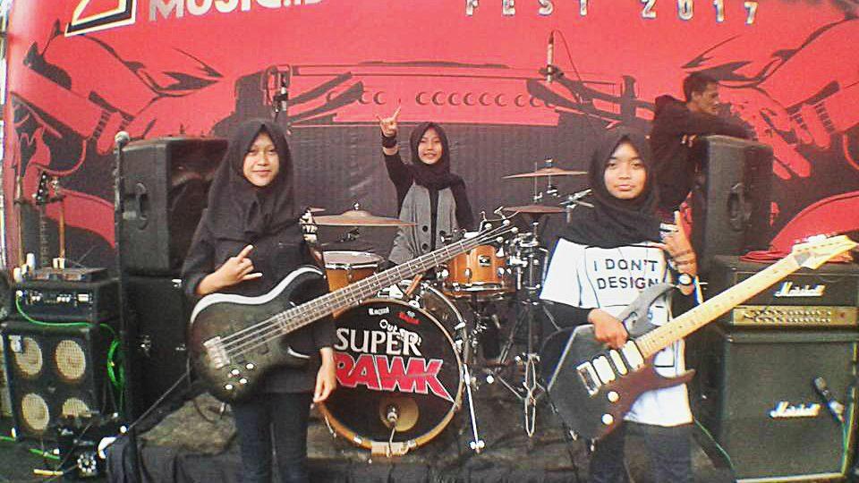WATCH: Teenage metal hijabi girl band slays stereotypes