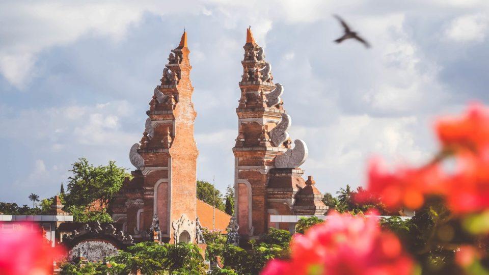 A traditional gate in Bali. Photo: Unsplash